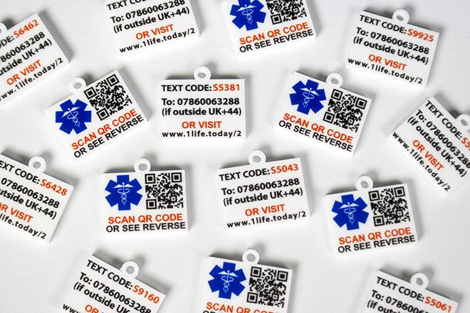uv printed tags
